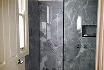 Floor to Ceiling Shower Walls from Innovative Splashbacks