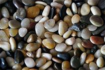 Le Grande Natural Pebble Mix from DecoR Stone