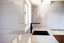 Smart Splashbacks for Tiny Homes from Innovative Splashbacks