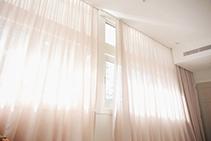 Motorised Curtains Vs Motorised Blinds by Rolletna
