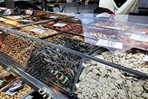 Acrylic Food Displays & Sneeze Guards from Allplastics