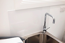 Easy to Clean Shower Walls by Innovative Splashbacks