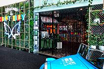 Retractable Security Doors for Golf Clubs from Trellis Door Co