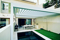 Open Sky Louvre Roof for Paddington Home by Eurola