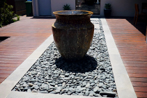 Sulu Black Flat Pebbles from DecoR Stone