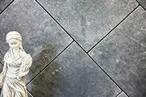Lavido Tumbled Marble Pavers from iPave