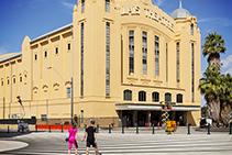 Mineral Paints for Melbourne's Palais Theatre from Porter's Paints