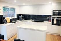 Contrasting Kitchen Splashbacks from Innovative Splashbacks