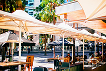 Alfresco Umbrellas - Dining Out of COVID-19 with MakMax