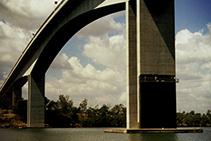 Silane Concrete Treatment for the Gateway Bridge by Tech-Dry