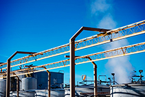 Impermeable Industrial Insulation for Oil and Gas Storage Tanks