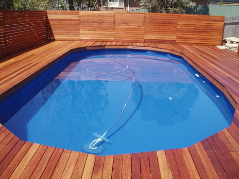 Privacy screens in hardwood treated pine bransons for Pool privacy screen