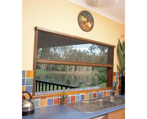 Pulldown retractable insect screens freedom retractable for Retractable insect screens