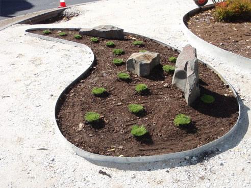 Galvanised garden edging from formboss metal garden edging - Garden metal edging strip ...