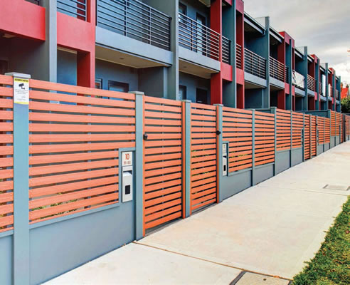 Modern terrace courtyard fencing modular walls systems for Terrace fence