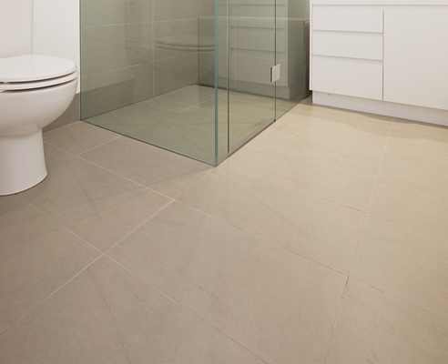 travertine bathroom floor tiles