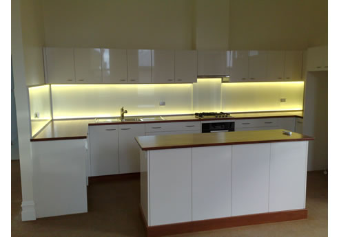 splashlite led kitchen splashback light from ledfx. Black Bedroom Furniture Sets. Home Design Ideas