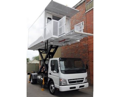 hi-lift catering vehicle