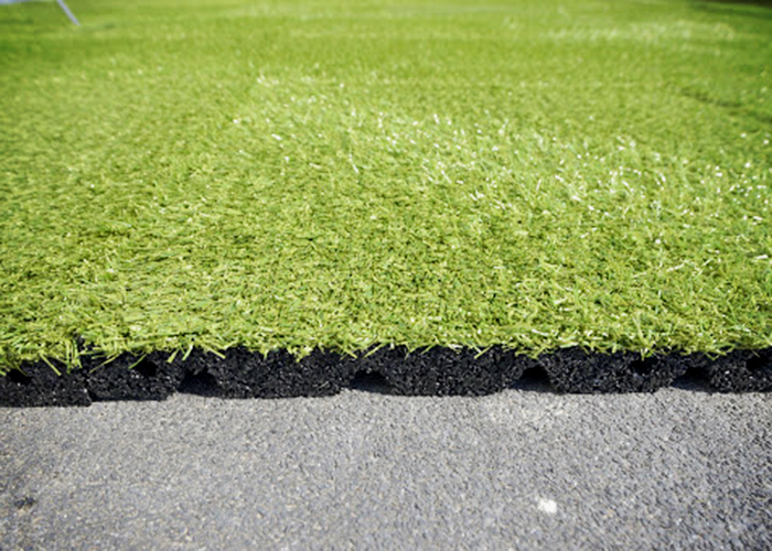 Grass Tiles for Ballast Roof Systems from Solartex