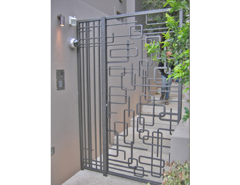 Contemporary iron gates