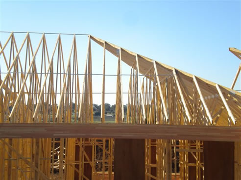 Install Roof Trusses Roof Truss