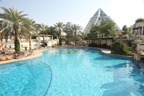 Waterco filters deliver cost and water savings in dubai - Egyptian club dubai swimming pool ...