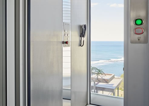 Glass lift easy living home elevators for Easy living elevators