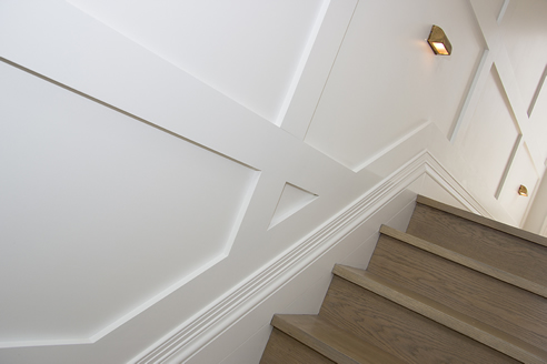 staircase skirting board
