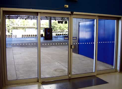 Ultraslim automatic sliding doors by adis automatic doors for Automatic sliding door