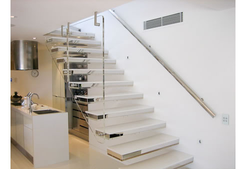 Cantilevered stair treads from arden architectural stairs for Architectural stairs