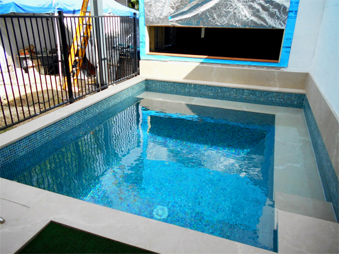 Pool tiling systems from LATICRETE