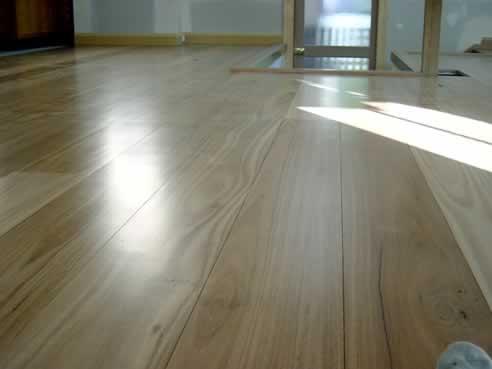 Best waterbased hardwood floor finish from synteko for Floor finishes definition