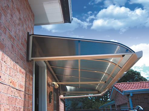 polycarbonate bullnose awning