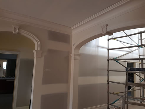 archway plaster decoration