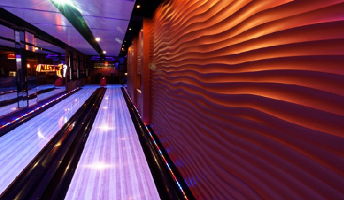 Commercial Hotel in the Northern Rivers Region of NSW installed the spectacular Dunes panels in their bowling alley this year, driving more attraction and increasing business revenue.