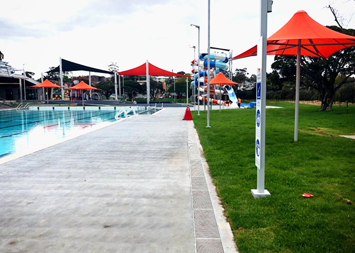 Drainage Grates for Public Swimming Pools from Hydro