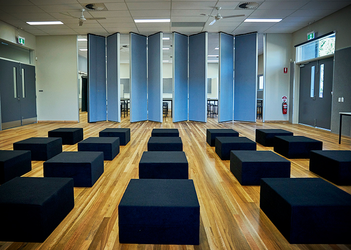 Operable Walls for Innovative School Environments by Bildspec