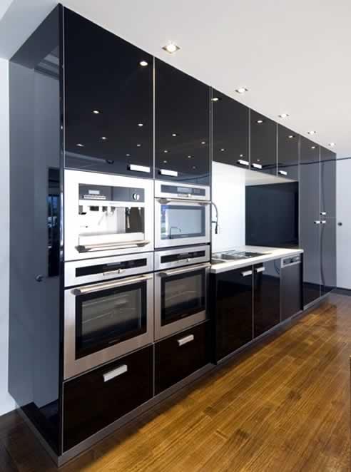High Gloss Aliedge 174 Slimline 55 Aluminium Frame Doors By