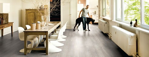 light grey quick-step floor