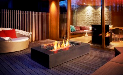 Wharf outdoor fire by EcoSmart Fire