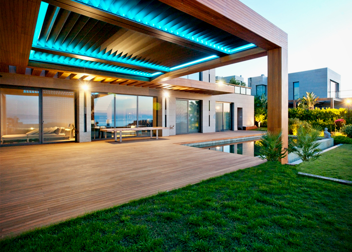 Frameless Louvred Roof Systems from Designer Shade Solutions