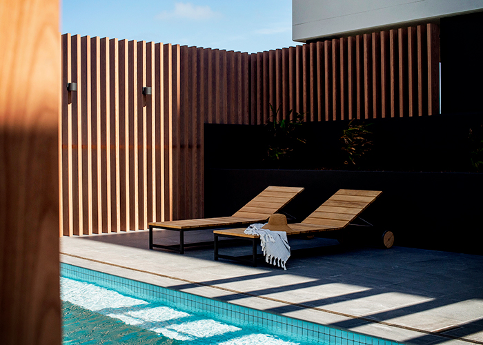 Timber-look Cladding & Battens for Luxury Apartments by DECO
