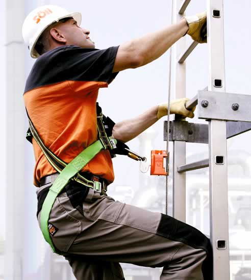 S 246 Ll Vi Go Vertical Cable Fall Arrest Ladder System From