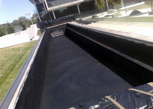 Spray On Rubber Waterproofing For Pools From Few Waterproofing