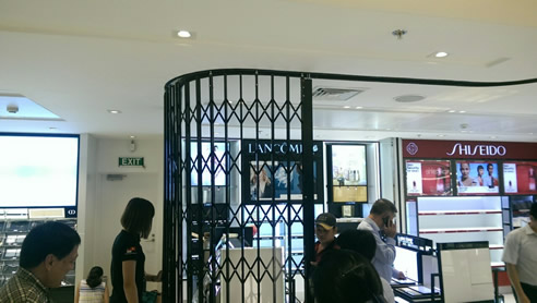 Aussie Retractable Security Gates for Vietnam from Trellis Door Co & Aussie Retractable Security Gates for Vietnam | Trellis Door Co
