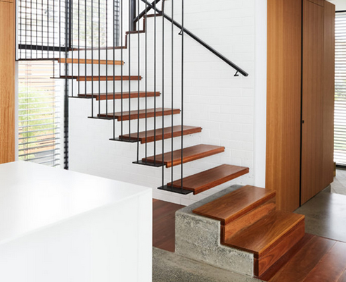 cantilevered staircase