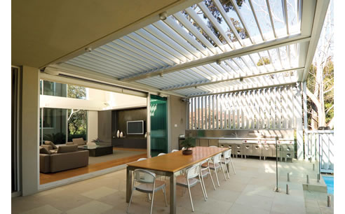 Intuitive Operable Louvre Roof From Vergola