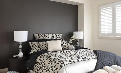 Colour consultant services australia dulux for Grey feature wallpaper bedroom
