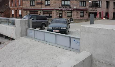Self Closing Flood Barrier