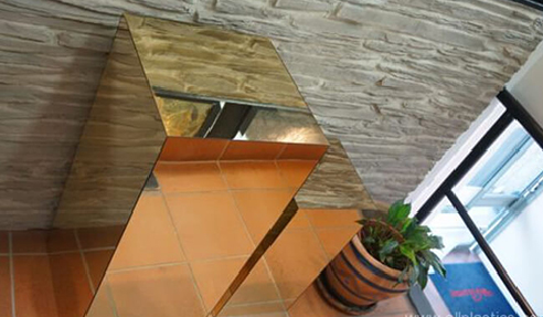 Gold Acrylic Mirror Sheets for Plinths